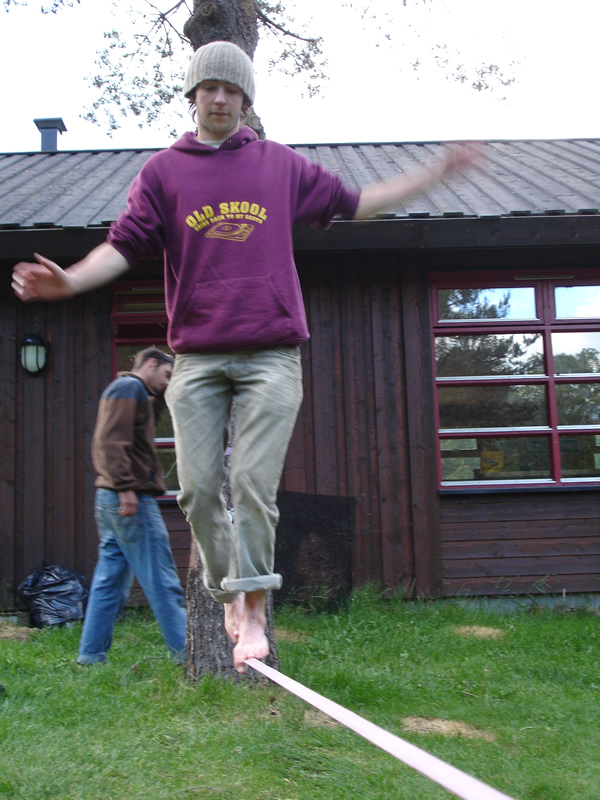 Slacklining it up at Sjoa Adventure